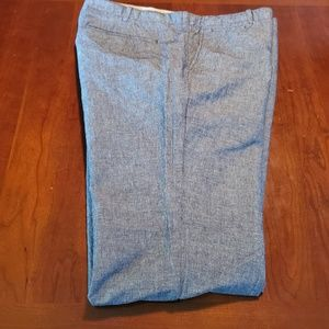 Gap Mens pants are size 40/34